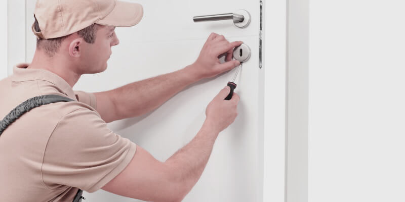 24 7 lockout - Locksmith Malden MA
