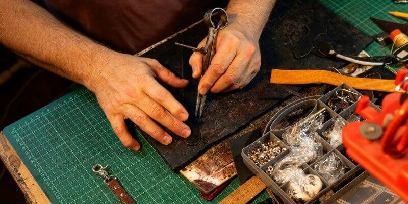 Make car keys - Locksmith Malden MA
